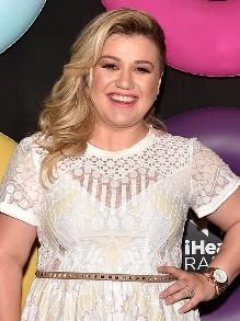 Kelly Clarkson lança nova música Meaning of Life. Escute aqui