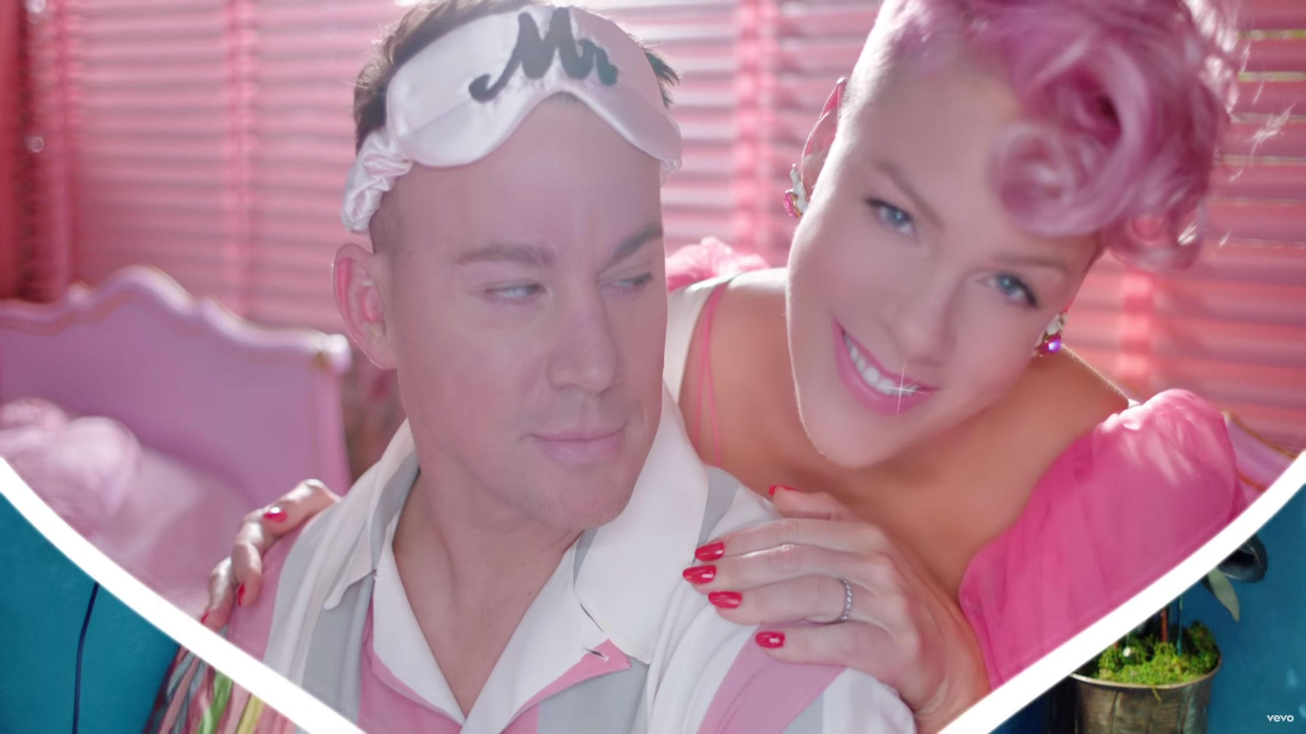 foto: 1 - Musas Pink e Anitta arrasam em seus novos clipes. Assista aqui