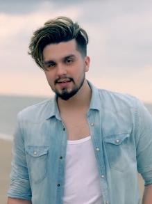 Luan Santana lança clipe todo sedutor da faixa 'Chek in'. Veja aqui