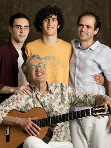 Caetano Veloso libera clipe de 'Todo Homem', de show com filhos