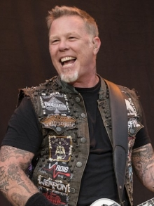 Mais Metallica: vocalista James Hetfield vai estrear no cinema como policial