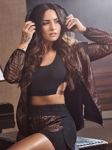 Demi Lovato confirma que fará 4 shows aqui no Brasil. Veja tudo aqui