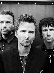 Muse lança música nova com clipe inspirado em