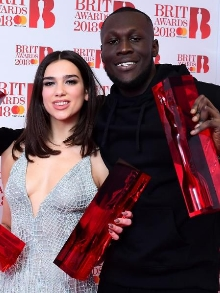 Dua Lipa, Stormzy, Foo Fighters, Ed Sheeran vencem Brit Awards