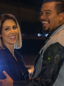 Sorriso Maroto lança clipe com famosos da música 'Chave e Cadeado'