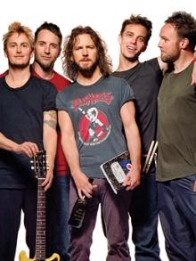 Pearl Jam lança música inédita de protetsto 'Can't Deny Me'