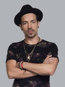 Di Ferrero estreia em carreira solo lançando a música 'Sentença'