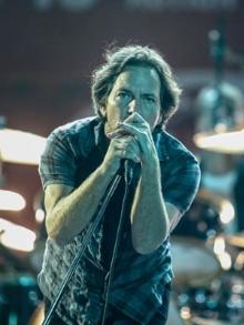 Pearl Jam faz um dos melhores shows do Lollapalooza. Veja aqui