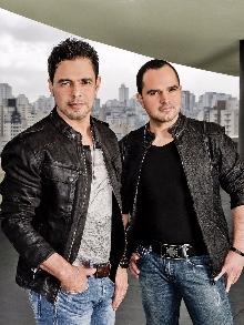 Tem música nova de Zezé e Luciano e Marília M com Teló e Marcos e Belutti