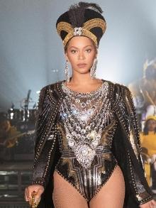 Beyoncé volta aos palcos no Coachella (EUA) e faz show inesquecível