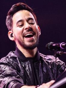 Mike Shinoda, do Linkin Park, lança clipe de música do seu álbum solo