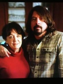 Grohl faz série sobre mães do rock e filme sobre Eric C sai em DVD