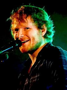 Ed Sheeran tem turnê mais lucrativa e libera trailer de documentário