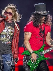 Slash diz que o Guns pensa, sim, em lançar um novo álbum