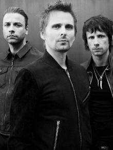 Muse anuncia novo álbum e lança clipe de música inédita