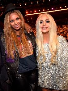 Beyoncé divulga vídeo de turnê e Gaga libera trecho de música nova