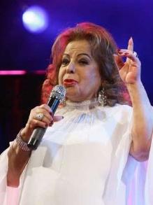 Morre a eterna rainha do rádio, a cantora Angela Maria, aos 89 anos