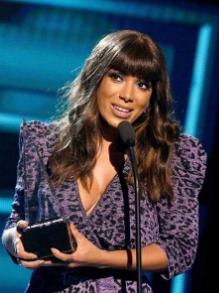 Anitta leva prêmio de 'Melhor Clipe' no Latin American Music Awards
