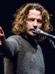 Chris Cornell ganha tributo com Metallica, Foo Fighters e mais