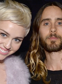 Miley Cyrus lança clipe novo e 30 Seconds to Mars canta com Projota