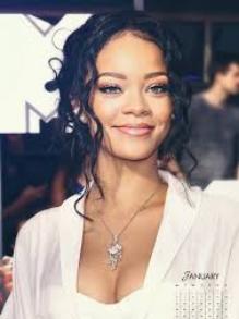 Rihanna confirma novo álbum para 2019. Veja como foi