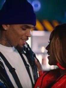 Chris Brown lança clipe cheio de coreografia. Assista aqui