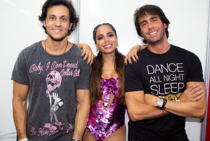 foto: 1 - Anitta lança versão de samba e Marcelo Falcão libera clipe novo