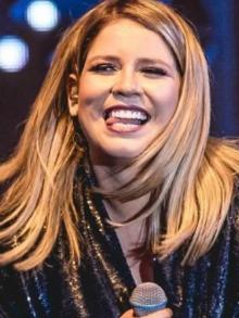 Marília Mendonça lança clipe da faixa 'Serenata'. Assista aqui