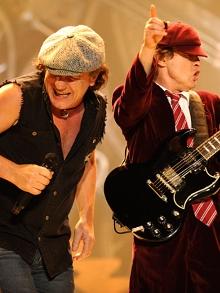 AC/DC libera vídeo gravado em 1979 e deve sair em turnê
