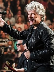 Bon Jovi pede para fãs brasileiros mandarem fotos para o show