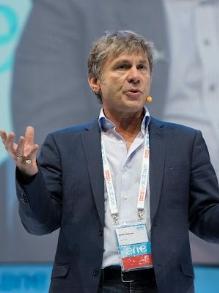 Bruce Dickinson, do Iron Brasil, vem para o Brasil fazer palestra em 2020