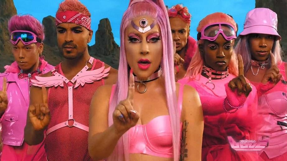 foto: 1 - Sextou com as músicas novas da Lady Gaga e da Alanis Morissette