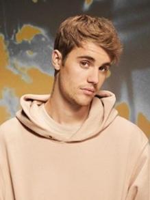 Justin Bieber lança clipe de coreografias para duas faixas. Saiba mais aqui