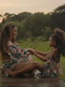Beyoncé libera mais um clipe e Blue Ivy divide cena com ela. Veja aqui