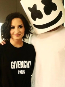 Demi Lovato e Marshmello alertam sobre suicídio em música nova