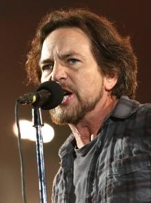 Eddie Vedder, do Pearl Jam, lança música nova para documentário