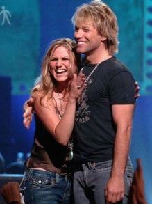 Bon Jovi faz versão de música country com Jennifer Nettles. Confira