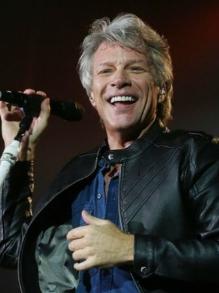 Bon Jovi faz apresentação ao vivo e lança disco novo. Escute aqui