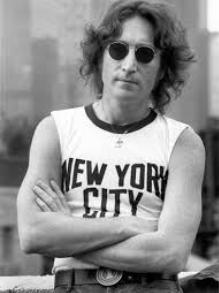 Museu em SP reabre com exposição sobre a vida de John Lennon. Veja aqui
