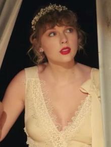 Taylor Swift lança mais um álbum e versão dançante de