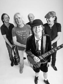 AC/DC lanca clipe da faixa