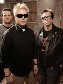 Offspring anuncia álbum novo e libera música nova. Escute aqui