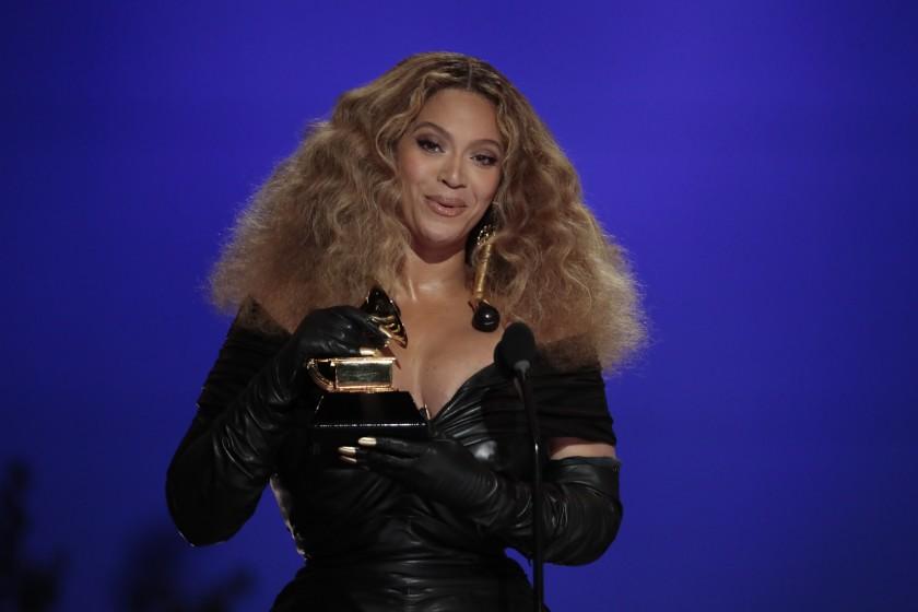 foto: 1 - Beyoncé foi a grande estrela do Grammy. Veja os shows e os vencedores