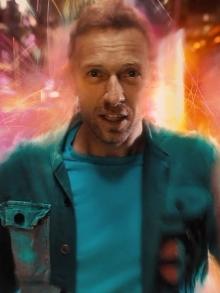 Coldplay lança clipe de cinema futurista para 'Higher Power'. Veja aqui